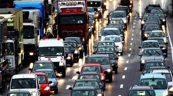 Trafikte araç sayısı 18 milyon 352 bin oldu
